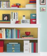 How to Arrange a Baby's Bookcase